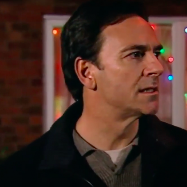 Christmas Countdown 13: Richard Hillman tries to kill Emily Bishop Corrie 2002