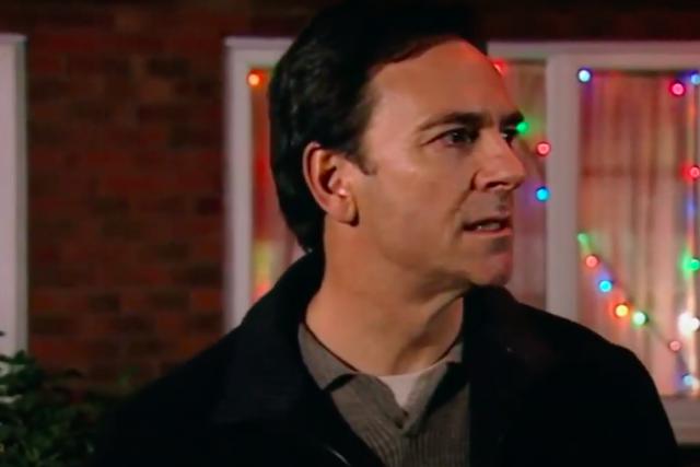 Christmas Countdown 13: Richard Hillman tries to kill Emily Bishop Corrie 2002